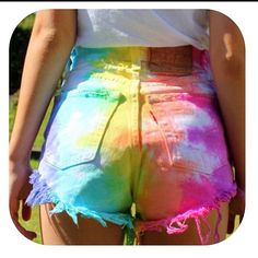 Luv it! 🎀Passion for Fashion🎀 - DIY Clothes Crafts IDeen Diy Fashion, Teen Fashion, Ideias Fashion, Fashion Outfits, Pride Outfit, Diy Shorts, Mode Kawaii, Diy Mode, How To Tie Dye