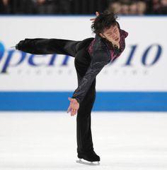 2010-10-02 ジャパンオープンで演技する高橋大輔(さいたまスーパーアリーナ)【時事通信社】