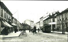 Sør-Trøndelag fylke Trondheim Olav Tryggvasons Gade tidlig 1900-tall med bl.a. folkeliv. trikk og Grand Hotel