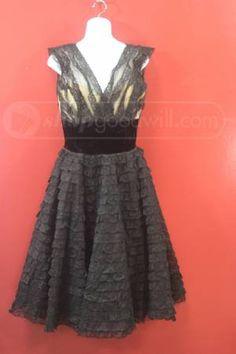 shopgoodwill.com: Vintage Lace Black V-Neck Dress