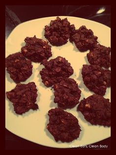 Clean Eating Chocolate Cookie Recipe at http://cleaneatscleanbody.blogspot.ca/2014/10/chocolate-chip-cookies-with-clean-twist.html  #fitnessrecipes #cleantreats #cleanrecipes #skinny #skinnyfood #skinnyrecipes #lowfat #healthycookies #healthytreats #healthydesserts