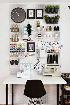 Poppytalk: 9 Inspiring Work Spaces