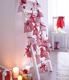 Repurpose a ladder into an Advent Calendar. Sew little bags and tie them with ribbons for a clever crafty Advent Calendar idea! Love this cute advent idea! Christmas Countdown, Days Till Christmas, Christmas Calendar, Christmas Crafts For Gifts, Noel Christmas, All Things Christmas, Winter Christmas, Christmas Decorations, Craft Gifts