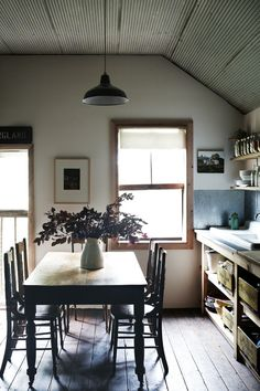 casual open kitchen via Homelife