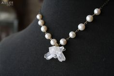 Crystal cluster & pearl necklace! <3 Available at: www.facebook.com/ateliergabymarcos