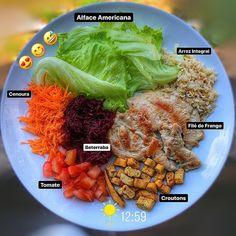 A imagem pode conter: 1 pessoa, comida Healthy Diet Recipes, Healthy Habits, Real Food Recipes, Healthy Life, Vegetarian Recipes, Healthy Eating, Cooking Recipes, Light Recipes, Love Food