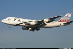 Pakistan International Airlines - PIA AP-BAT Boeing 747-240BM aircraft picture