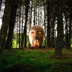 """Silvas Capitalis"", do coletivo de arte SIMPARCH, na floresta Kielder, Reino Unido. #escultura #sculpture #arte #artes #arts #art #artlover #design #architecturelover #architecture #arquitetura #instagood #instacool #instadaily #design #projetocompartilhar #davidguerra #shareproject #silvascapitalis #simparch #kielder #kielderforrest #reinounido #uk"