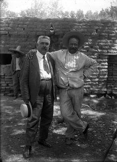 Francisco Villa con Elias Torres, retrato