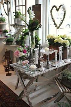 White wood table - all chipped and the cute heart wreaths - make one?
