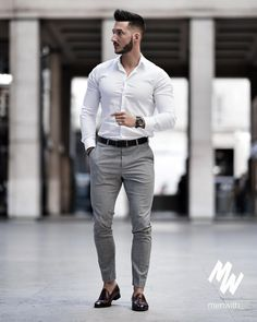 Nice style by youclement Formal Dresses For Men, Formal Men Outfit, Formal Shirts For Men, Casual Shirts, Mens Fashion Wear, Suit Fashion, Fashion Pants, Business Casual Men, Men Casual
