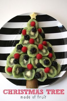 A Christmas tree made of fruit!