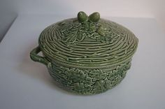 Bordallo Pinheiro Portugal Green Covered Serving Dish Acorns