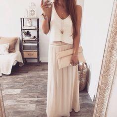 Hier siehst Du ein romantisches und sommerliches Outfit ♡