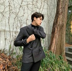 Mingyu discovered by ηαηα¹²⁷ on We Heart It Mingyu Wonwoo, Seungkwan, Woozi, Vernon Chwe, Hip Hop, Kim Min Gyu, Wen Junhui, Mingyu Seventeen, Meanie