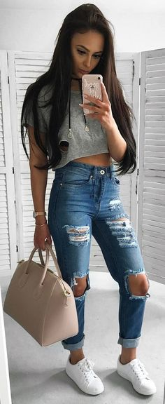 #summer #outfits Grey Crop + Destroyed Jeans + White Sneakers