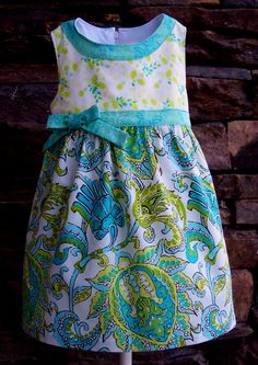 GIRLS DRESS PATTERN, PERFECT FOR AN EASTER DRESS, 30 picture photo tutorial included