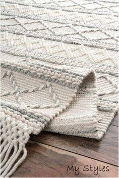 Sovereign Textured Diamonds With Tassels Ivory Rug Rugs USA – Area Rugs in many styles including Contemporary, Braided, Outdoor and Flokati Shag rugs.Buy Rugs At America's Home Decorating SuperstoreArea Rugs Farmhouse Area Rugs, Modern Farmhouse, Farmhouse Decor, Boho Dekor, Eclectic Rugs, Tapis Design, Living Room Area Rugs, Dining Rooms, Home Decor Ideas