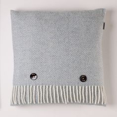 The Home of Luxury British Made Wool Home Furnishings and Accessories.