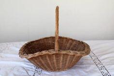 Pannier Basket Antique