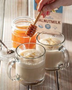Honey and sea salt Walnutmilk lattes are on the menu this morning. Tea Recipes, Coffee Recipes, Yummy Treats, Delicious Desserts, Healthy Snacks, Healthy Recipes, Good Food, Yummy Food, Food Goals