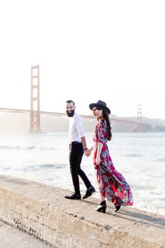 New Darlings - Express - San Francisco Golden Gate Bridge Couple Posing, Couple Shoot, 3 Year Wedding Anniversary, Dating Anniversary, New Darlings, New Year Pictures, Couple Photography Poses, Photography Women, Wedding Photography