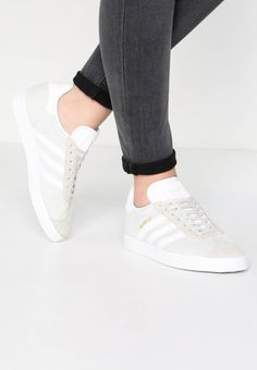 adidas Originals GAZELLE - Trainers - talc/white for Free delivery for orders over Adidas Originals Gazelle, Contemporary Fabric, Adidas Stan Smith, Baskets, Mustard Yellow, Dark Purple, High Fashion, Adidas Sneakers, Service Client