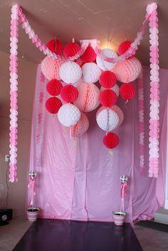 Cute Idea for Party Backdrop!