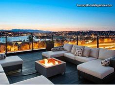 LHM Seattle - Modern and luxurious condo style living with the added square footage and privacy of a single family home. Dramatic, protected views rivaling the best in Seattle with a roof-top deck that feels like your own private W Hotel. Rooftop Terrace Design, Rooftop Patio, Patio Roof, Terrace Ideas, W Hotel, Luxury Condo, Luxury Homes, Cool Roof, Roof Architecture