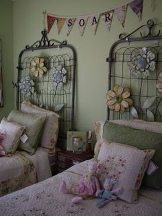 Did this in the spare bedroom, except I wrapped similar decorative metal fencing around three sides to look like a daybed. How cute are these headboards? Made of old GATES Girls Bedroom, Bedroom Decor, Bedrooms, Bedroom Wall, Bedroom Ideas, Old Gates, Old Mattress, Bed Springs, Home And Deco