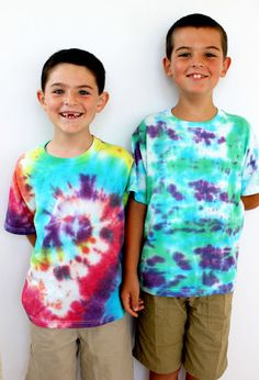 Tips & Tricks for Tie Dyeing With Kids