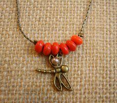 gargantilla libelula en coral