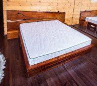 Обеденный cтол Novikova - стол из массива горного Граба и речной заливкой