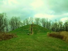 Mound Builders: A Photographic Tour of Indian Mound Reserve in Greene County, Ohio