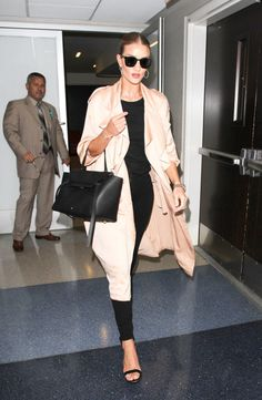 Celebrity airport style is one of our favorite categories to decode—as there's an underlying off-duty sensibility to each look,these outfitsare often the most realistic to emulate.