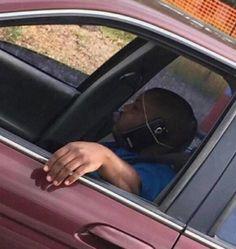 Çok Konuşan Karısını Telefonla Dinleyen Adam