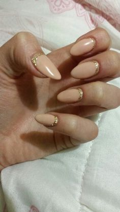 Almond nails gold nude