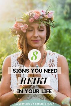 What is Reiki? Reiki energy healing for beginners - explained! How you can start practice Reiki to r Self Treatment, What Is Reiki, Reiki Training, Reiki Courses, Reiki Therapy, Learn Reiki, Reiki Practitioner, Reiki Symbols