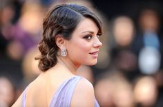 Celebrity #wedding inspiration: Mila Kunis' great look -  a perfect bridal hairdo