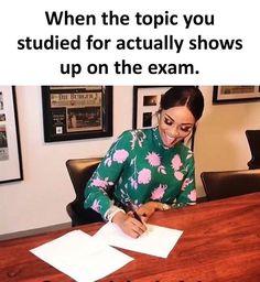 32 funny memes of the day – Dasia R Funny School Memes, Really Funny Memes, Stupid Funny Memes, Funny Relatable Memes, Funny Posts, The Funny, Funny Quotes, Hilarious, Nursing School Memes