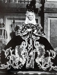Norma Shearer in Marie Antoinette, 1938