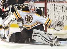 Tim Thomas doing what he does best!