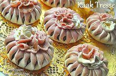 Kaak Tresse - Algerian braided almond and honey cake.