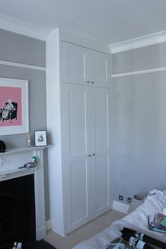 Bedroom Wardrobe Doors Small Spaces Ideas For 2019 Alcove Wardrobe, Bedroom Alcove, Bedroom Built In Wardrobe, Corner Wardrobe, Sliding Wardrobe Doors, Wardrobe Design, Bedroom Storage, Home Bedroom, White Wardrobe