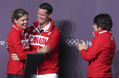 Christine Sinclair will carry Canadian flag in London Games closing ceremony Olympic Medals, Goddess Of Love, Skating, A Team, Carry On, Olympics, Soccer, Flag, Canada