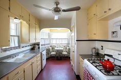 Beautiful retro kitchen!
