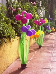 walk with Balloon Flower Bouquets. Ballon Decorations, Balloon Centerpieces, Birthday Party Decorations, Balloon Flowers, Balloon Bouquet, Balloon Columns, Balloon Arch, Fairy Birthday, Balloon Animals