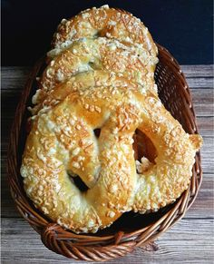 Bagel, Food And Drink, Breads, Cakes, Bread, Braided Pigtails, Buns, Sandwich Loaf