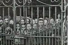 chinese immigration - Bing Images-- Chinese wasn't trusted by many people. People thought, they were going to take all their jobs and etc. Parliament Of Canada, Path To Citizenship, Depression Treatment Centers, Immigration Canada, The Twenties, Roaring Twenties, Fleas, American History