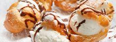 Profiterolky se zmrzlinou a čokoládovou polevou | Foto: shutterstock.com